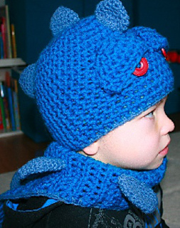 Blue_dragon_3_ravelry_small2
