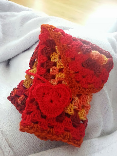 Heart_mitts_small2