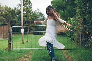 Swing_kestrel_small2