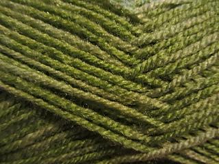 Leaves_in_seq_yarn_small2