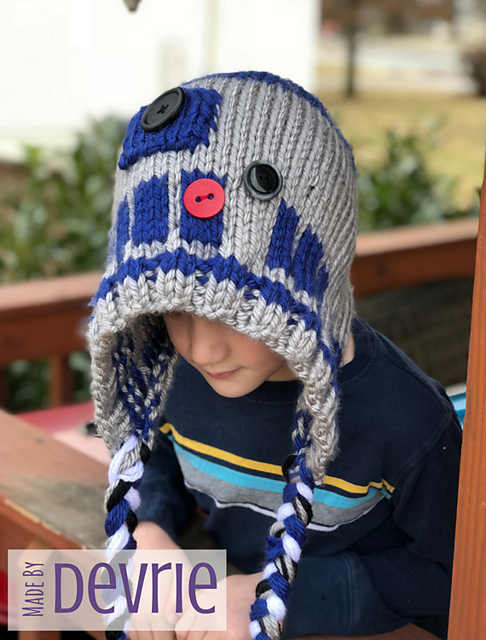 Ravelry R2d2 Hooded Blanket And Hat Pattern By Madebydevrie