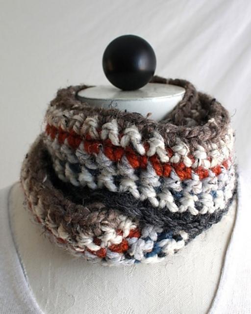 Crochet Pattern 30-Minute Infinity Scarves PB086