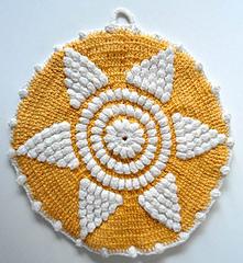 Pb082-maggie-weldon-crochet-600mainjpg_04_small