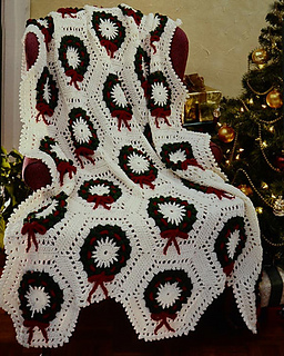 Ravelry Christmas Wreath Afghan Pattern By Maggie Weldon