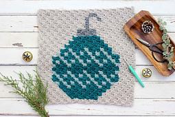 C2c-crochet-christmas-pattern-bulb-ornament_small_best_fit