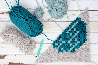 Corner-to-corner-crochet-christmas-pattern-ornament_small2