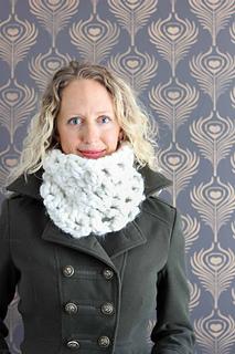 Chunky-cowl-free-crochet-pattern_small2