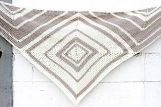 Free-modern-scarf-crochet-pattern-14_small2