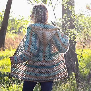 Modern-crochet-boho-sweater-pattern-sq_small2