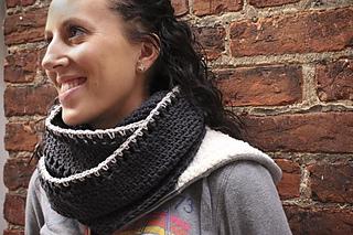 Crochet_cowl_pattern_small2