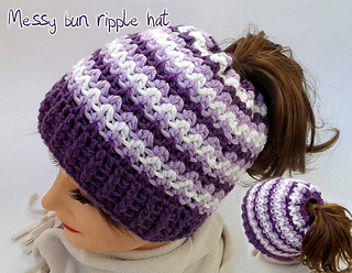 896bdebfe21e3 Ravelry  Messy bun ripple hat pattern by CraftyLady