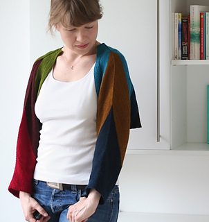 Sleeves pattern by Martina Behm
