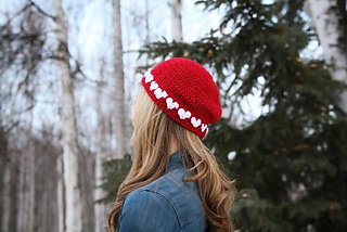 Crochet_heart_hat2_small2