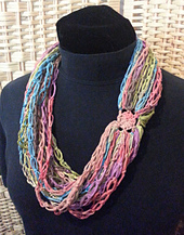 Loopy_de_loop_necklace_small_best_fit