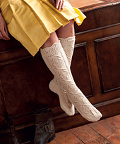 The_art_of_seamless_knitting_-_lace_stockings_small_best_fit