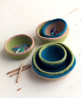 Crochet_at_home_-_trinket_bowls_beauty_shot_small2
