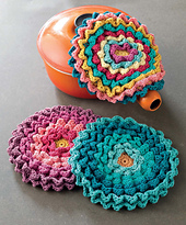 Crochet_at_home_-_blooming_pot_holders_beauty_shot_small_best_fit