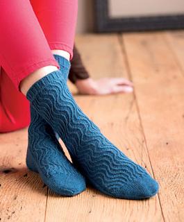 Op-art_socks_-_crest_beauty_shot_small2