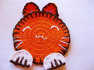 Coelhinho_de_croche_coaster_small2