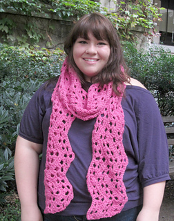 Wide_ripple_scarf_pink_shannon_small2