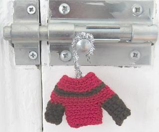 Chocolate_cherry_mini_sweater_small2