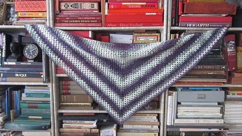 Beginner_s_triangle_shawl_on_bookcase_medium