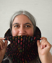 Ribbon_stitch_cowl_free_knitting_pattern_by_underground_crafter_2_small_best_fit