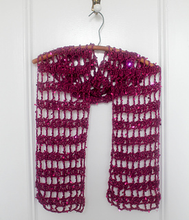 Holiday_hostess_with_the_mostess_shawlette_free_crochet_pattern_by_underground_crafter-holidaystashdowncal2016__6_of_10__small2