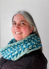 Ocean_star_infinity_scarf_free_knitting_pattern_by_underground_crafter__2_of_4__small