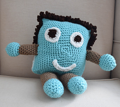 My_buddy_friend_free_crochet_pattern_by_underground_crafter__16_of_17__small
