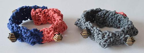 Beaded_bobble_bracelet_free_crochet_pattern_by_underground_crafter_1_medium