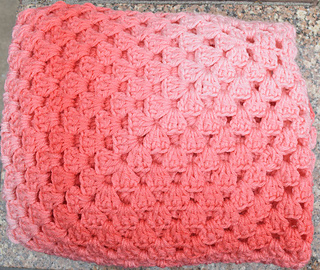 Simple_rectangular_granny_blanket_free_crochet_pattern_by_underground_crafter_5_small2