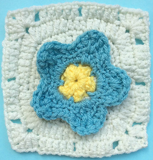 Forget-me-not_square_free_crochet_pattern_by_underground_crafter_1_small2