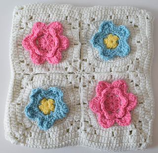 Picking_flowers_pillow_free_crochet_pattern_by_underground_crafter__6_of_2__small2
