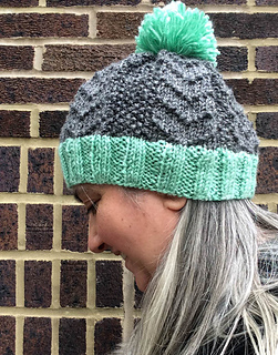d8b77ffbbbe Ravelry  Bird Tracks Beanie pattern by Marie Segares