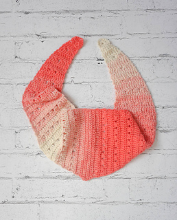 Fro Yo Triangle Scarf pattern by Marie Segares