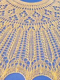 Closeup_of_shawl_small2