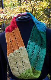 Color-filled_cabled_cowl_small_best_fit