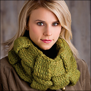 Woven_work_cowl_300_small2