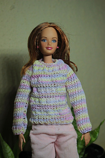 Emmas_jumper_small2