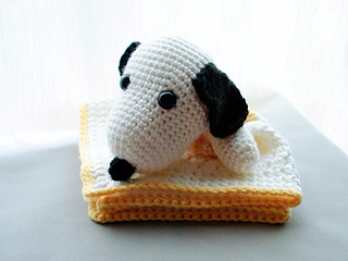 Amigurumi Patterns Snoopy : Ravelry: snoopy beagle security blanket pattern by jayme khoo