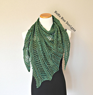 Ferns_and_lace_shawlette_pic_1_small2