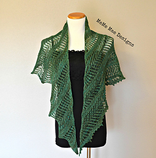 Ferns_and_lace_shawlette_pic_2_small2