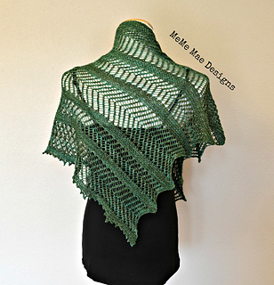 Ferns_and_lace_shawlette_pic_3_small2