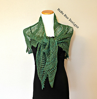 Ferns_and_lace_shawlette_pic_4_small2