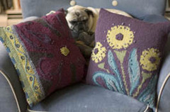 Flower_pillow2_small