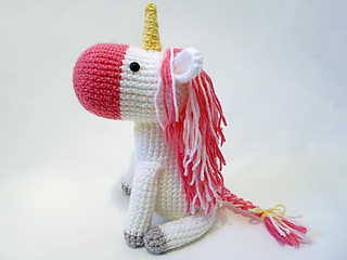 Amigurumi Unicorn : Ravelry amigurumi unicorn pattern by mevlinn gusick