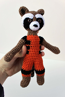 Ravelry Rocket Raccoon Amigurumi Pattern By Kristel
