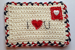 Handmade-crochet-valentine-envelope-free-pattern_small_best_fit