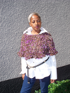 Cables_and_moss_shoulder_warmer_004_small2